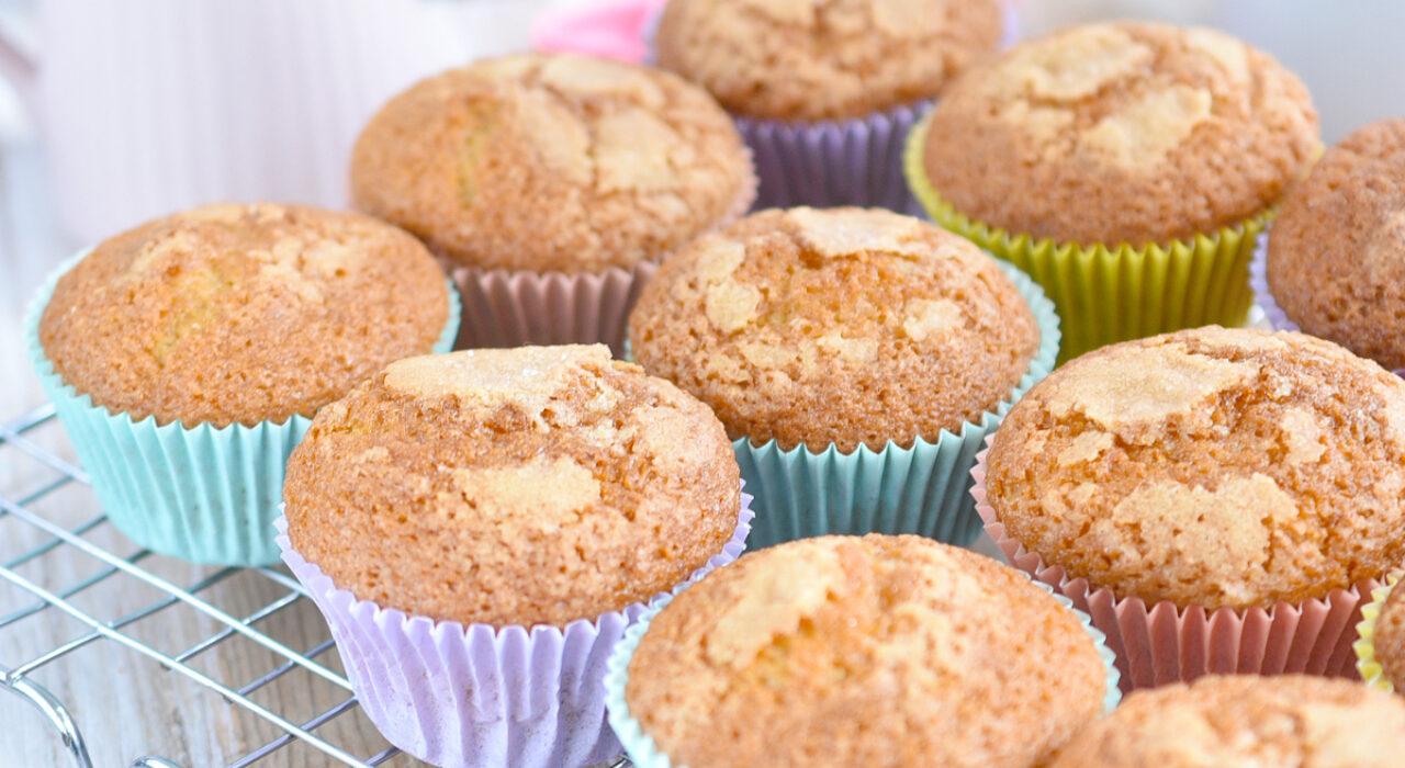 La mejor receta de magdalenas o muffins de vainilla, súper fácil