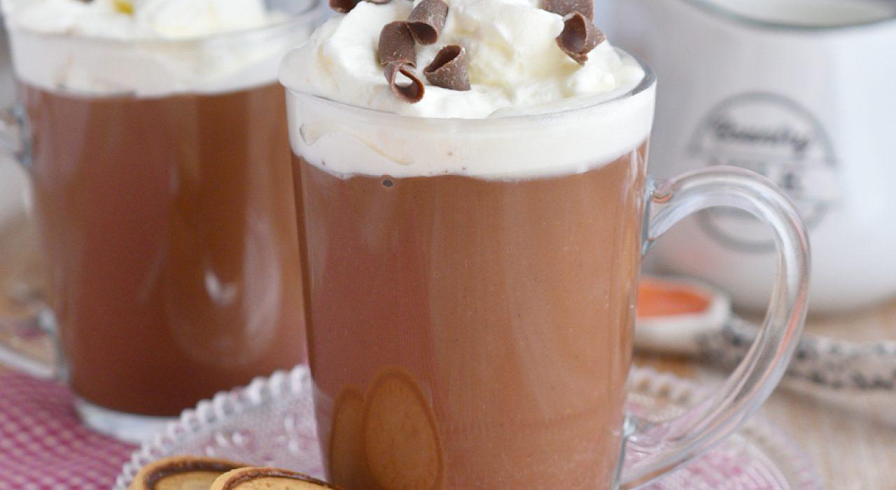 La mejor receta de chocolate caliente, espeso y delicioso