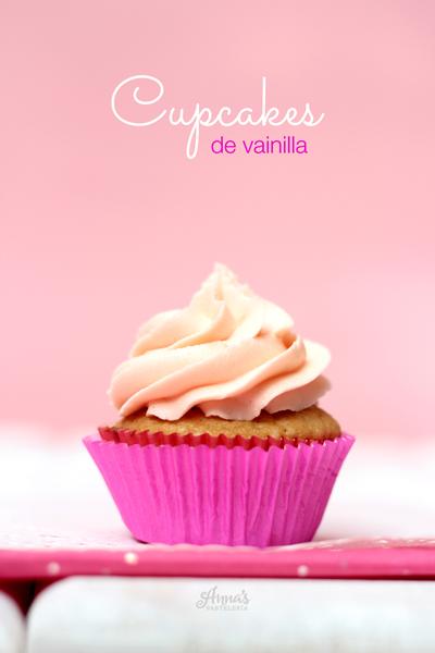 Cupcakes de vainilla - Anna's Pastelería - www.annaspasteleria.com