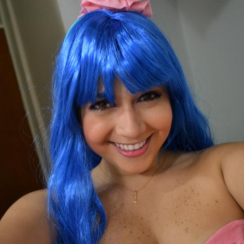 Anaisa de Annas Pasteleria halloween, disfraz de Katy Perry